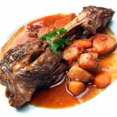 Paleo-Lamb-shank-root-vegetables