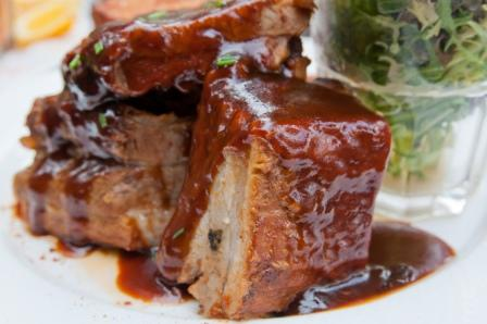 Roast-pork-with-sauce
